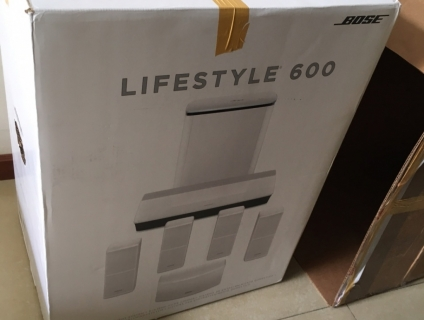 Loa bose lifestyle 600 - white new 1000%